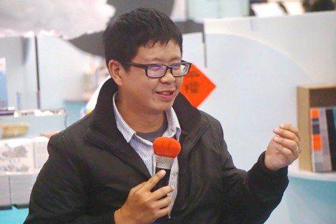 新手書店店主暨友善書業合作社理事主席鄭宇庭。圖/書店溫度提供