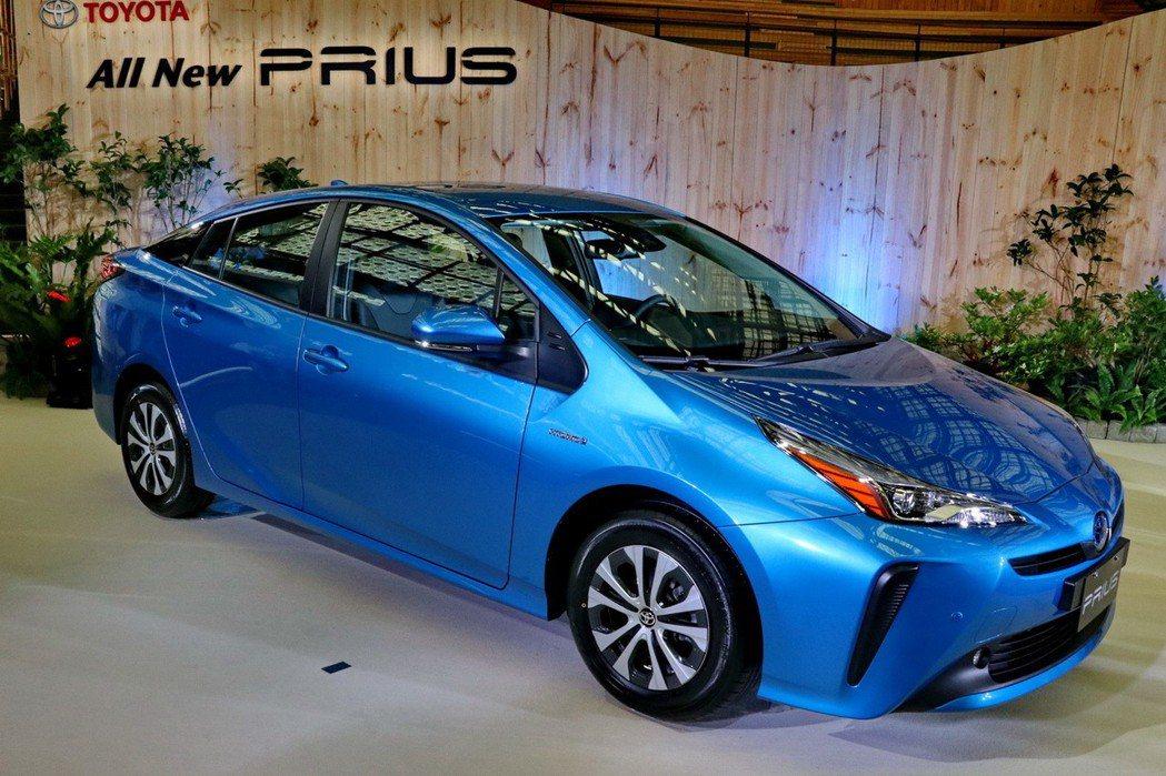 Toyota Prius第四代小改款。 記者陳威任/攝影