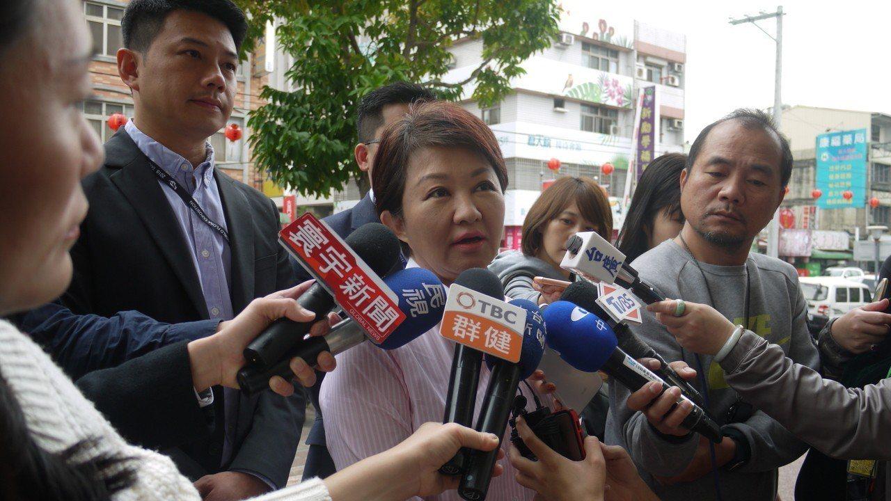 台中市長盧秀燕今早說,誰選上總統?就代表台灣民意,何必再舉行公投?記者洪敬浤/攝...