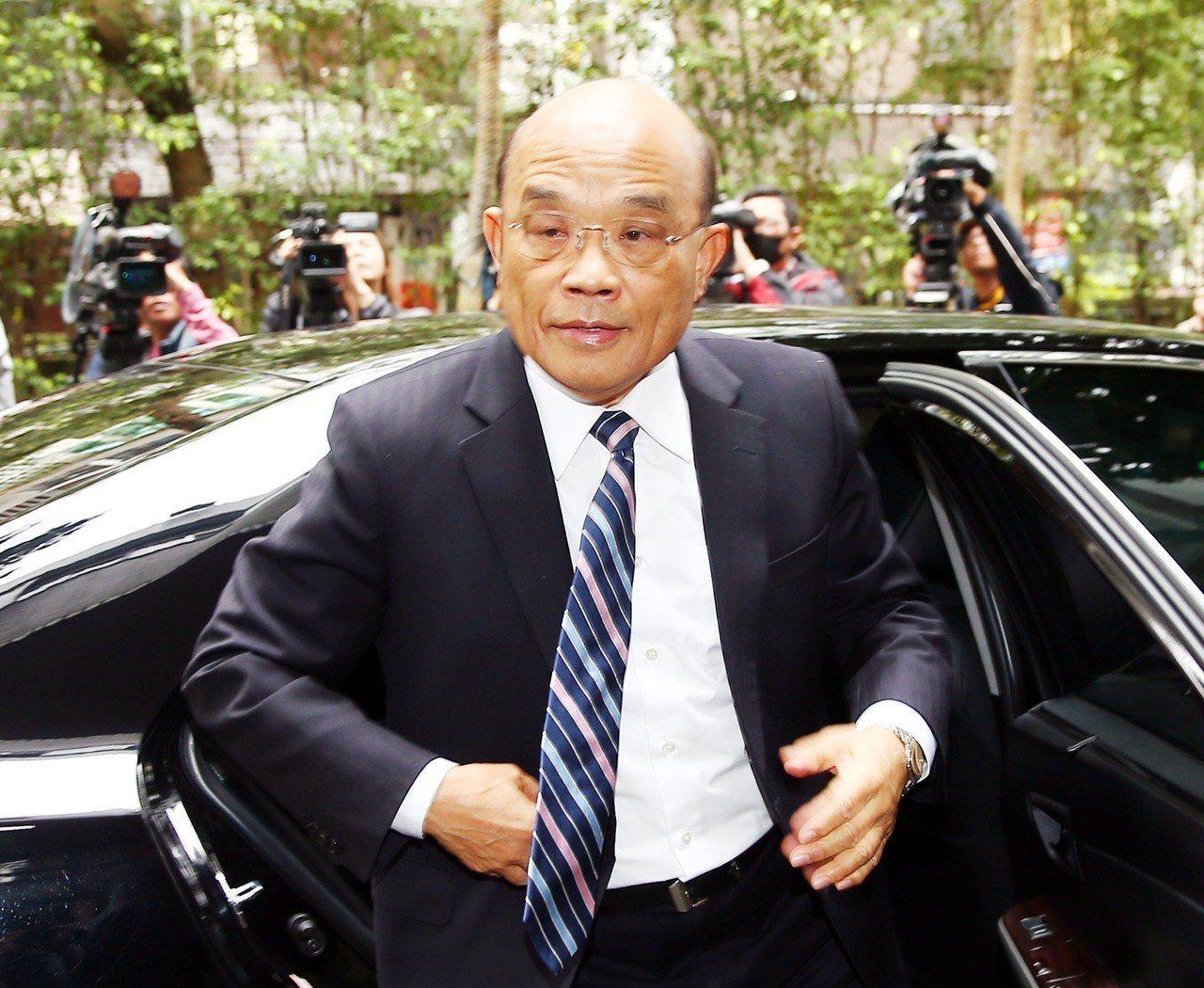 行政院長蘇貞昌上午說,大家都知道中國是對台灣不放棄武力的國家,我們要小心。 記...