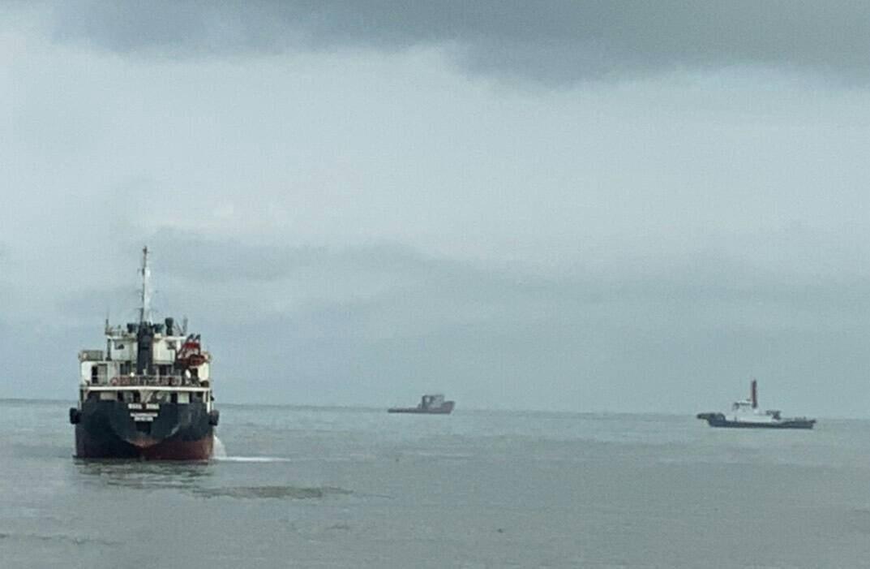 旺榮輪今早終於脫困。圖/交通部航港局提供