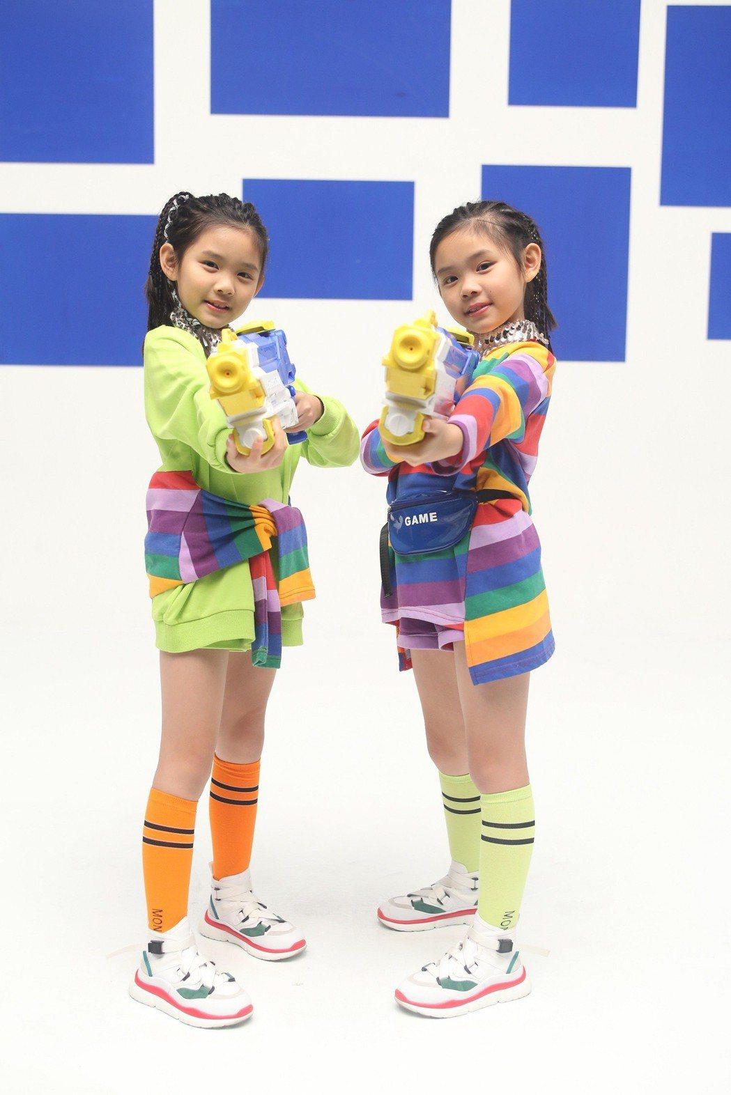 左左右右拍攝「YZT Evolution」MV。圖/大鵬經紀提供