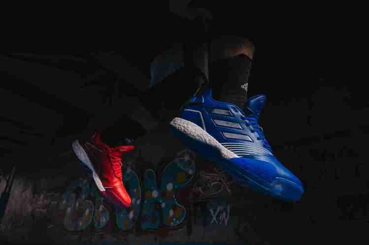 adidas推出T-Mac Millennium明星賽限定紅藍鴛鴦配色版本,建議...