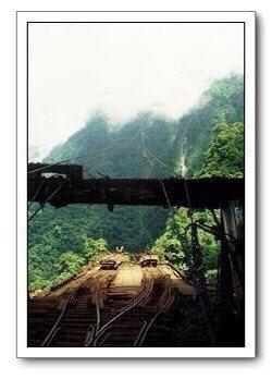 花蓮林管處嵐山工作站當年設置鐵道、索道,將珍貴林木運下山。圖/花蓮林管處提供
