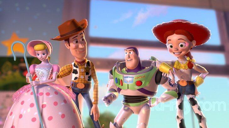 網友堅稱「玩具總動員」系列中4個玩偶恰巧配成兩對,並沒有3角糾纏。圖/摘自twi