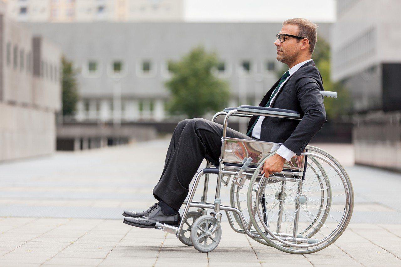 示意圖。勞動部20日公告2018年11月全國未足額進用身心障礙者義務機關(構)名...