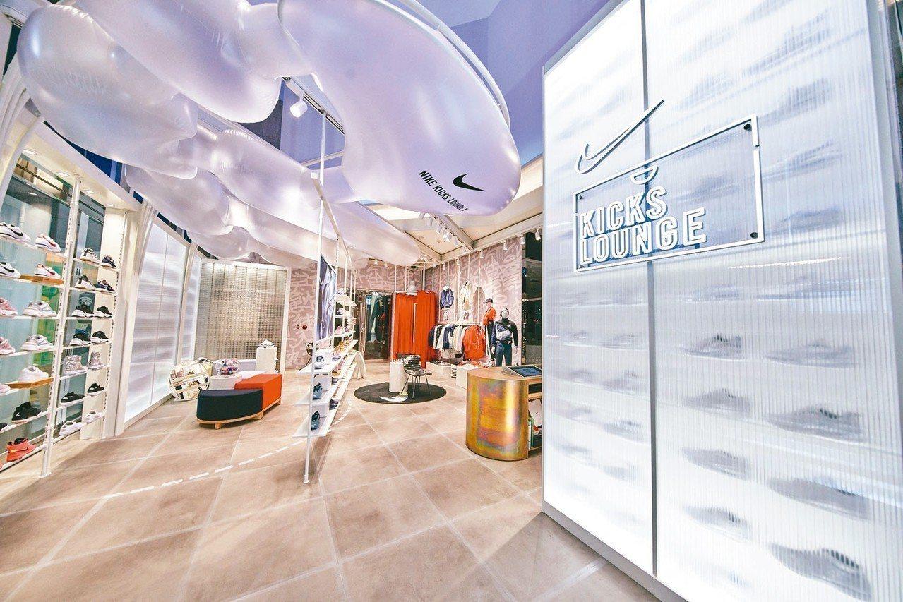「Nike Kicks Lounge X 信義A11」全店的裝潢設計高達70%使...