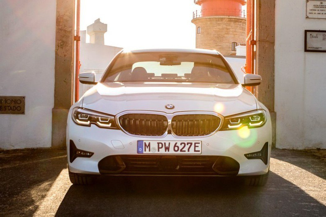 BMW首款插電旅行車,很有可能在今年就問世。 摘自BMW
