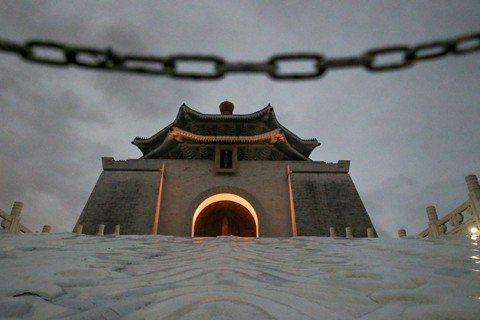 中正紀念堂存廢:紀念政治領袖的最低門檻是什麼?