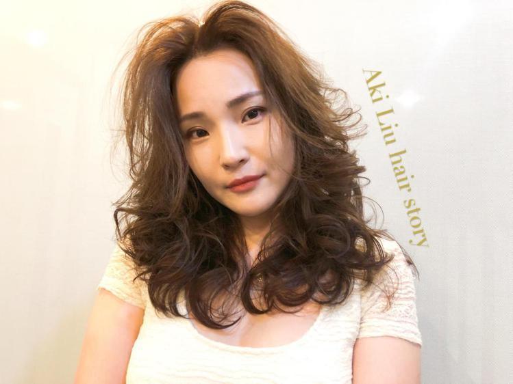 髮型創作/Amour 信義店 / [台北大安]燙染護專門Aki (あき ちゃん)...