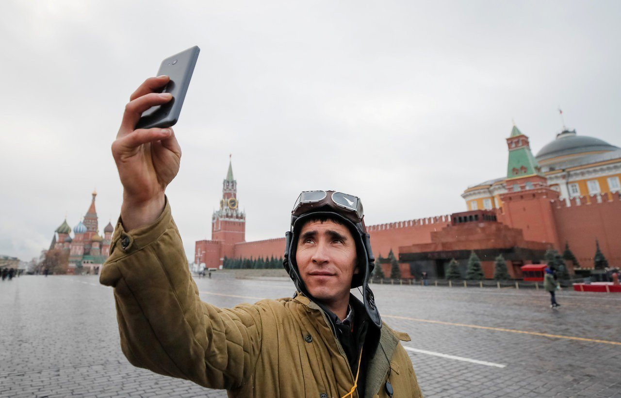 俄羅斯軍人經常在社群媒體分享從軍生活,這些資訊卻成為外國調查人員和媒體了解俄國軍...