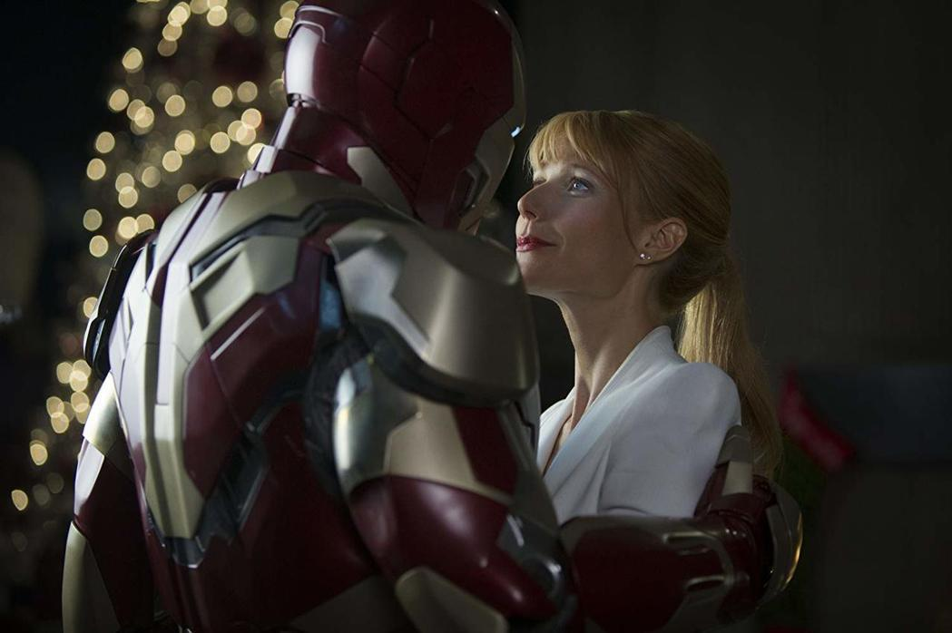 葛妮絲派楚在漫威系列電影中扮演鋼鐵人的最愛。圖/摘自imdb