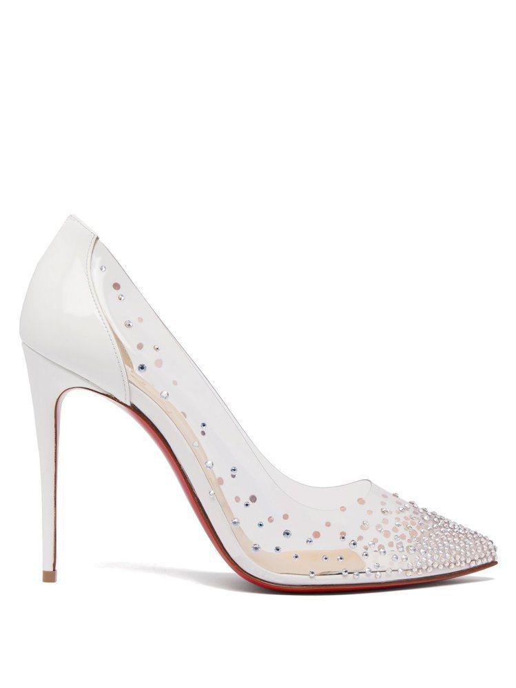 朴敏英搭襯的Degrastrass白色拼接PVC鑲嵌水鑽高跟鞋。圖/Chrisi...