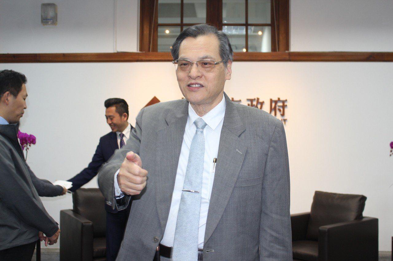 陳明通也呼籲高雄市長韓國瑜「把腦袋打開」,熟悉一下兩岸關係條例與大陸政策再發言。...