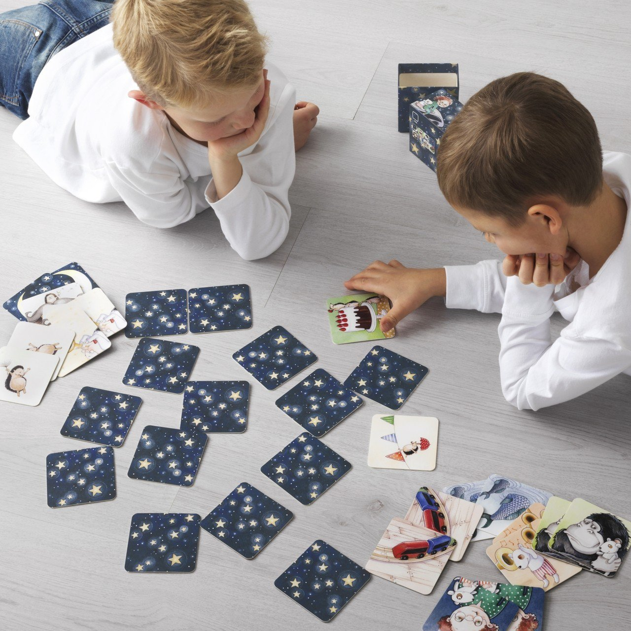 LILLABO紙牌遊戲,原價129元、特價49元。圖/IKEA提供