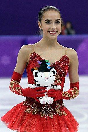 日本作家乙武洋匡傳出好事近,二婚對象是貌似俄羅斯溜冰女王Zagitova的混血美...