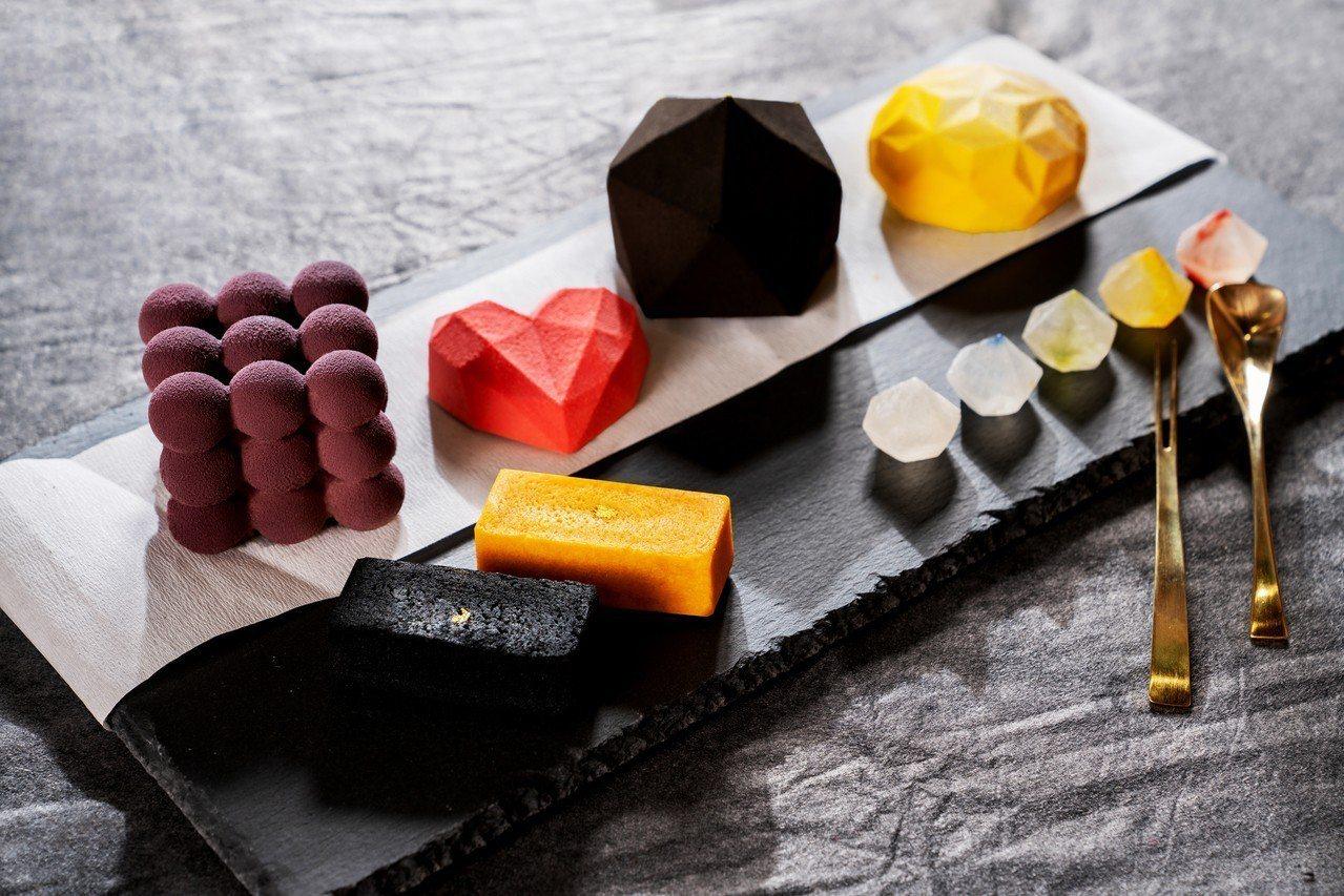 號稱拍照零死角的美型幾何甜點。圖/金錦町提供