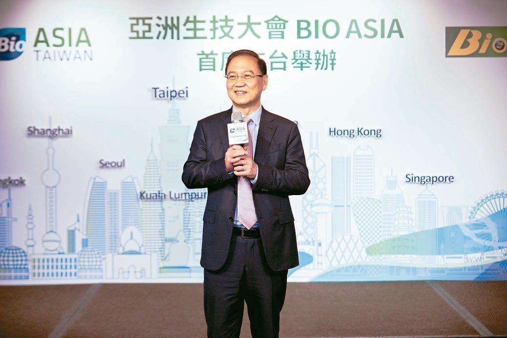 台灣生物產業發展協會理事長李鍾熙強調,亞太生技大會在台灣舉辦,必能帶動生技產業快...