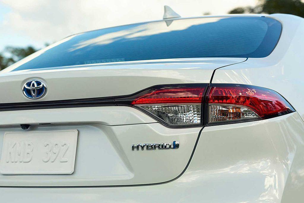 全新Toyota Corolla房車所搭載的1.8L Hybrid複合動力,其2...
