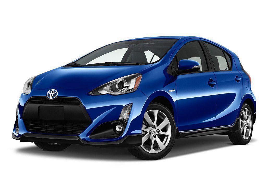 Toyota Prius C是輛比Prius尺碼更小、更省油經濟實惠的都會小車。...