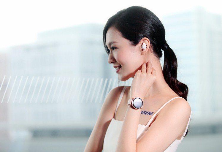 發表會同步發表多款穿戴式裝置,其中包括智慧型手錶Galaxy Watch Act...