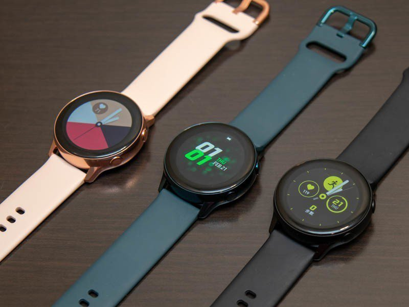 Galaxy Watch Active智慧手表預計推出3色。記者黃筱晴/攝影