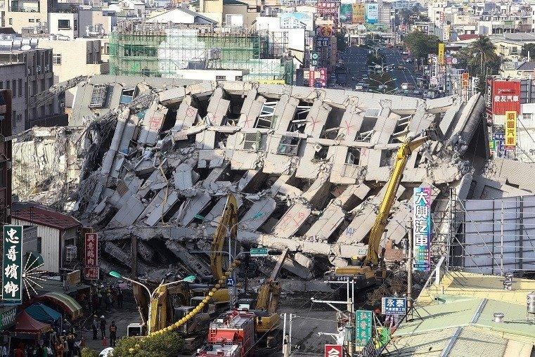 維冠大樓倒塌。本報資料照片