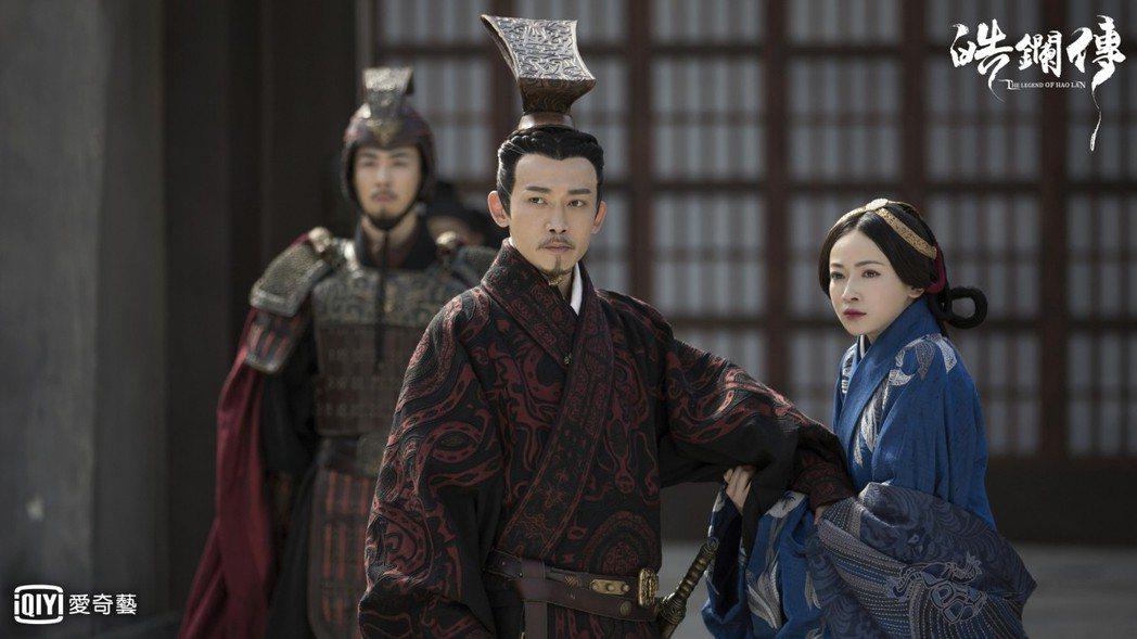 聶遠(左)與吳謹言主演的「皓鑭傳」上演大結局。圖/愛奇藝台灣站提供