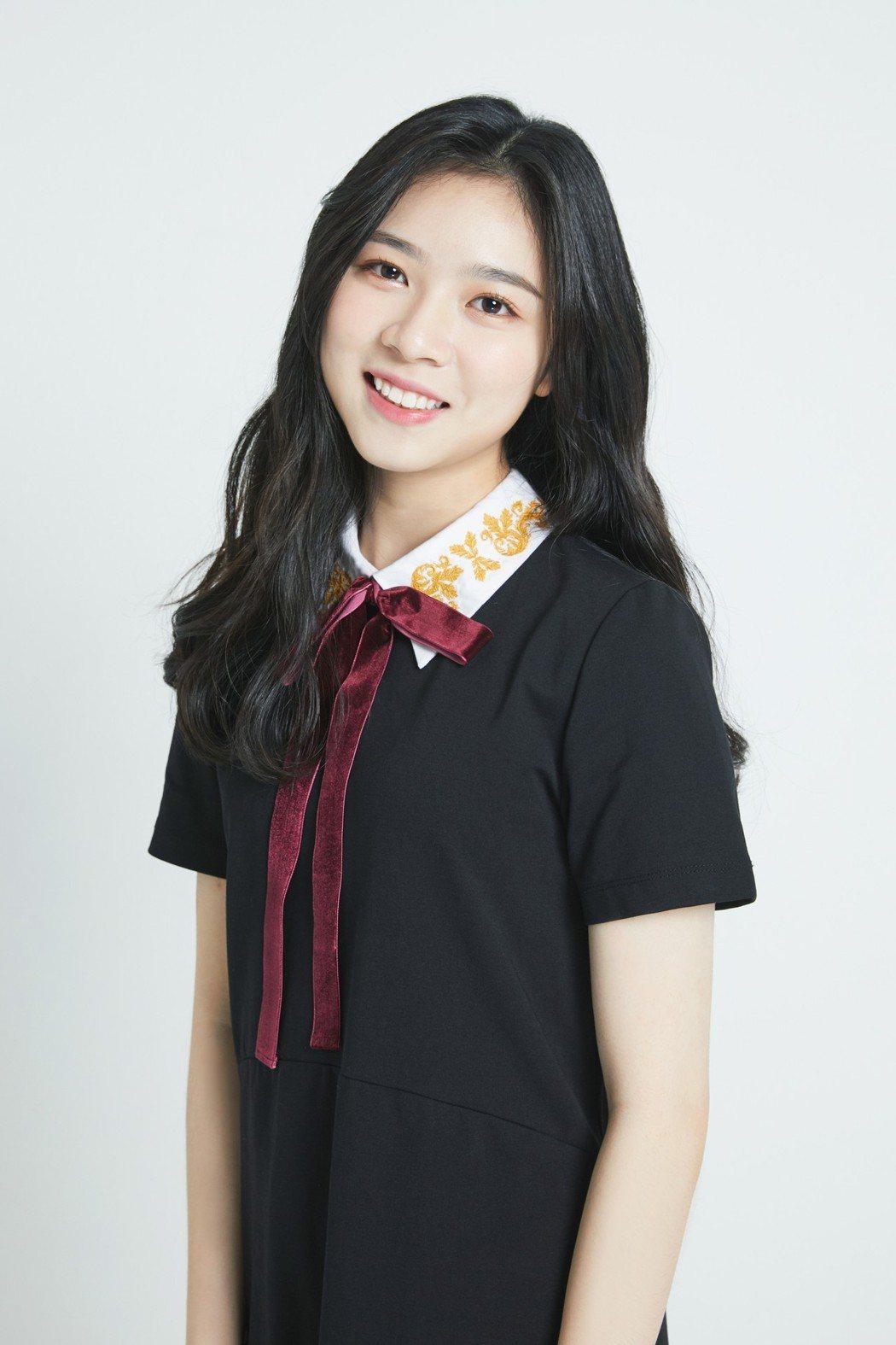 來自新竹的台灣女孩楊欣儒被大陸選秀節目看中正在培訓  圖/阿爾發提供