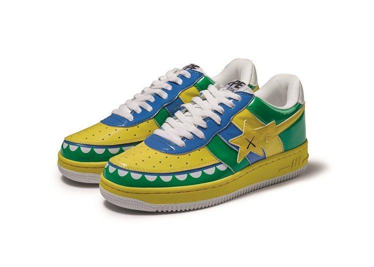 拍品之一的 Bapsta X KAWS球鞋,Bapesta FS-029 KAW...