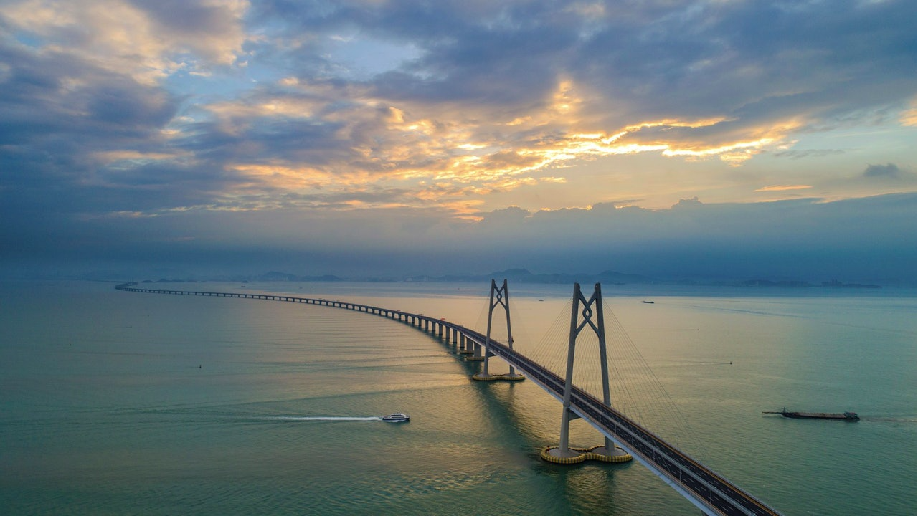 中共商務部稱將通過CEPA試行對港澳擴大服務貿易開放。(香港01報導照片)
