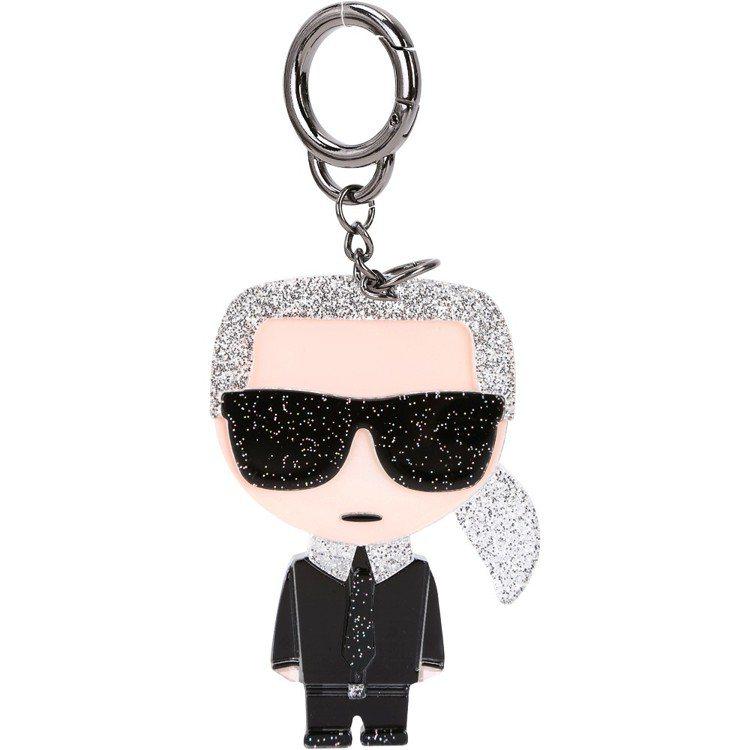 Karl Lagerfeld Q版老佛爺壓克力鑰匙圈最快被網購粉絲搶空。圖/Ya...