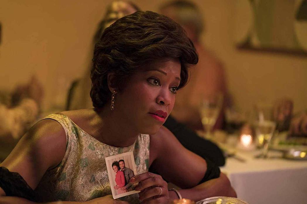 「藍色比爾街的沉默」蕾吉娜金恩獲得全美最多影評人獎支持,奧斯卡勝出呼聲高。圖/摘...