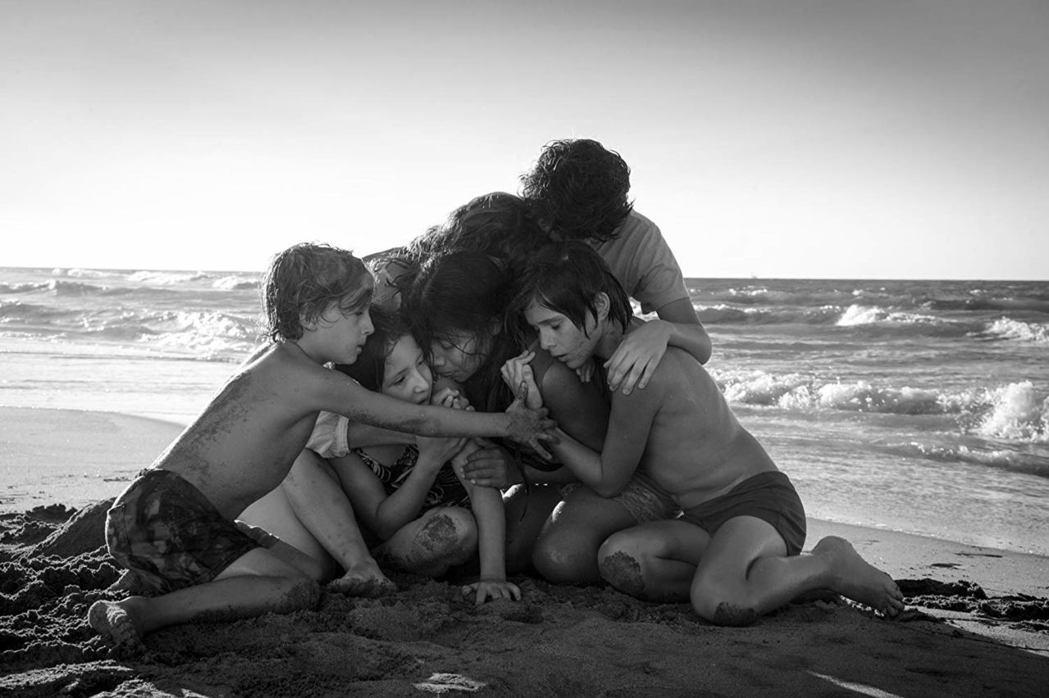 「羅馬」不僅奪得奧斯卡最佳導演呼聲最高,拿下最佳影片、外語片的勝算亦大。圖/摘自...