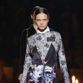 米蘭時裝周/超模卡拉跩秀PRADA 正妹姐姐現身支持