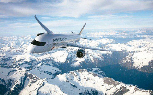 加拿大航空採用787-9夢幻客機由台北直飛溫哥華。 圖/陳志光、加拿大航空