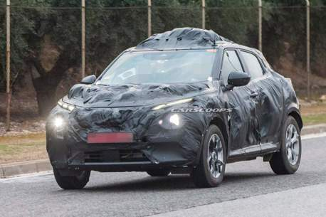 偽裝車首度捕獲 依然前衛的第二代Nissan Juke!