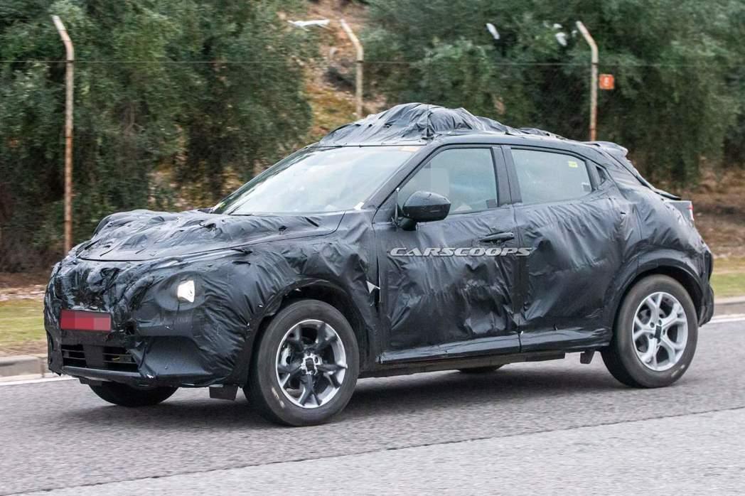 新世代Nissan Juke將導入品牌車系中目前大量使用的新式V-Motion水...
