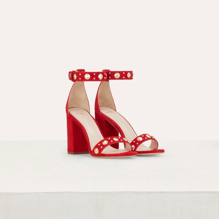 Maje紅色粗跟高跟鞋,售價12,750元。圖/Maje提供