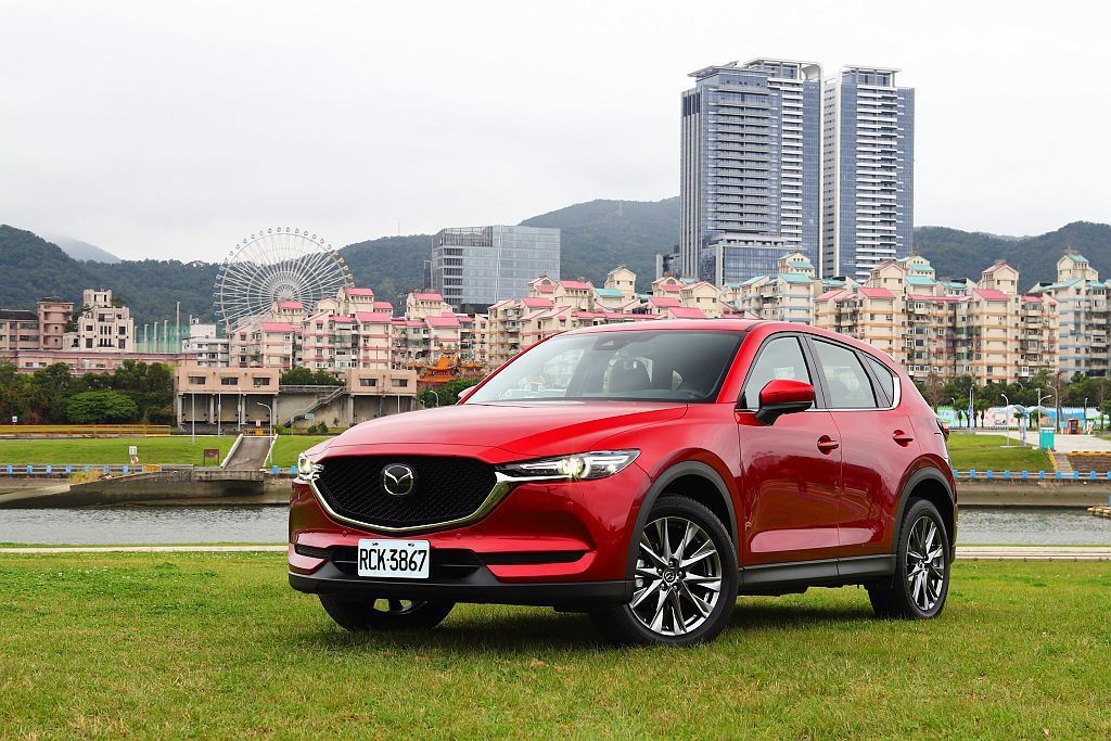 去年底Mazda Taiwan追加CX-5 SKY-G 2.5L汽油動力並重新調...