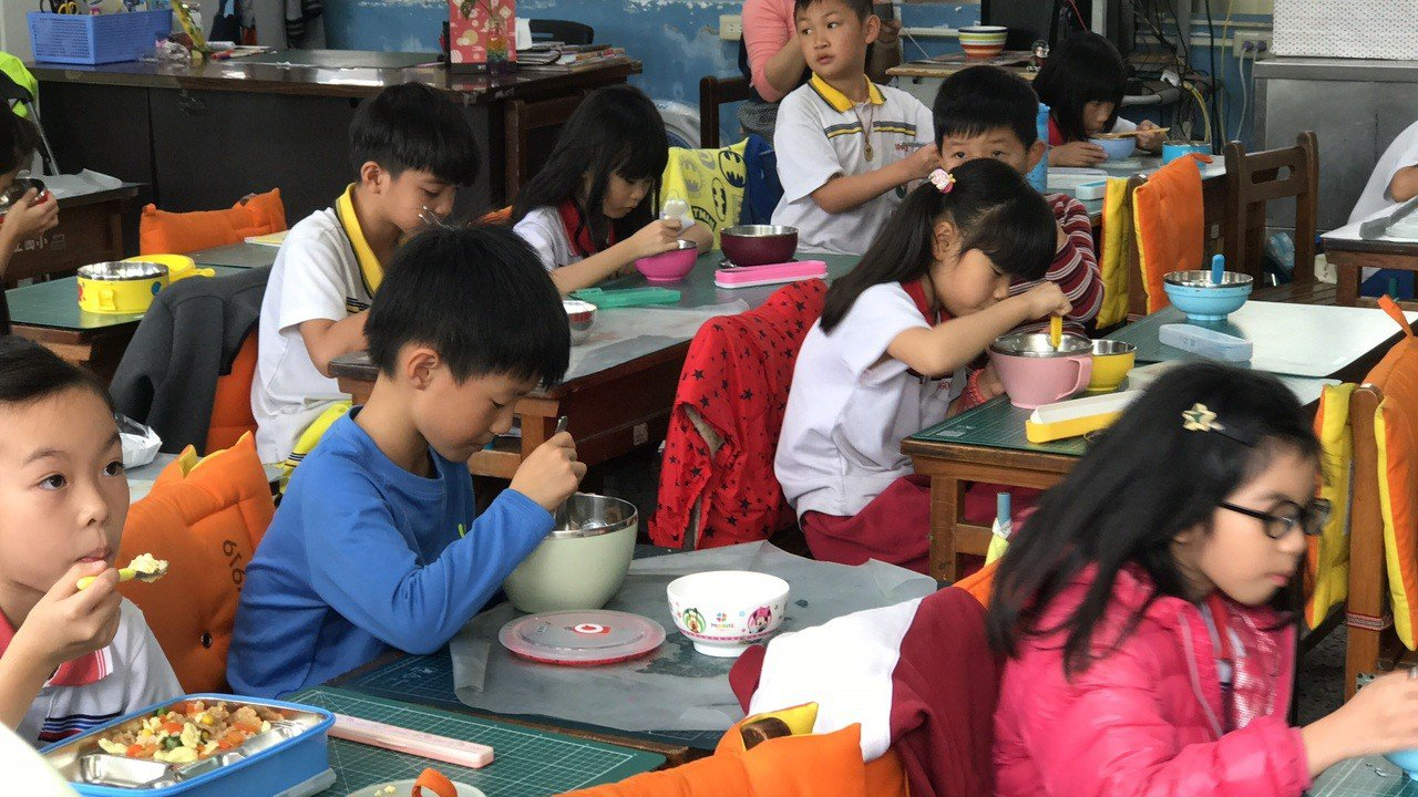 花蓮免費學生午餐從前縣長傅崐萁任內推動,已邁入第9年。記者王燕華/攝影