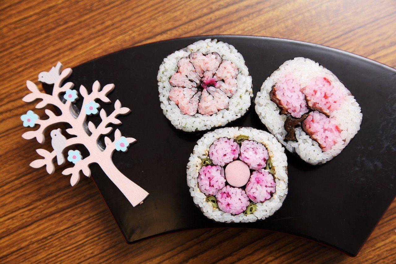 在地達人教做櫻花圖騰壽司便當。圖/Airbnb提供