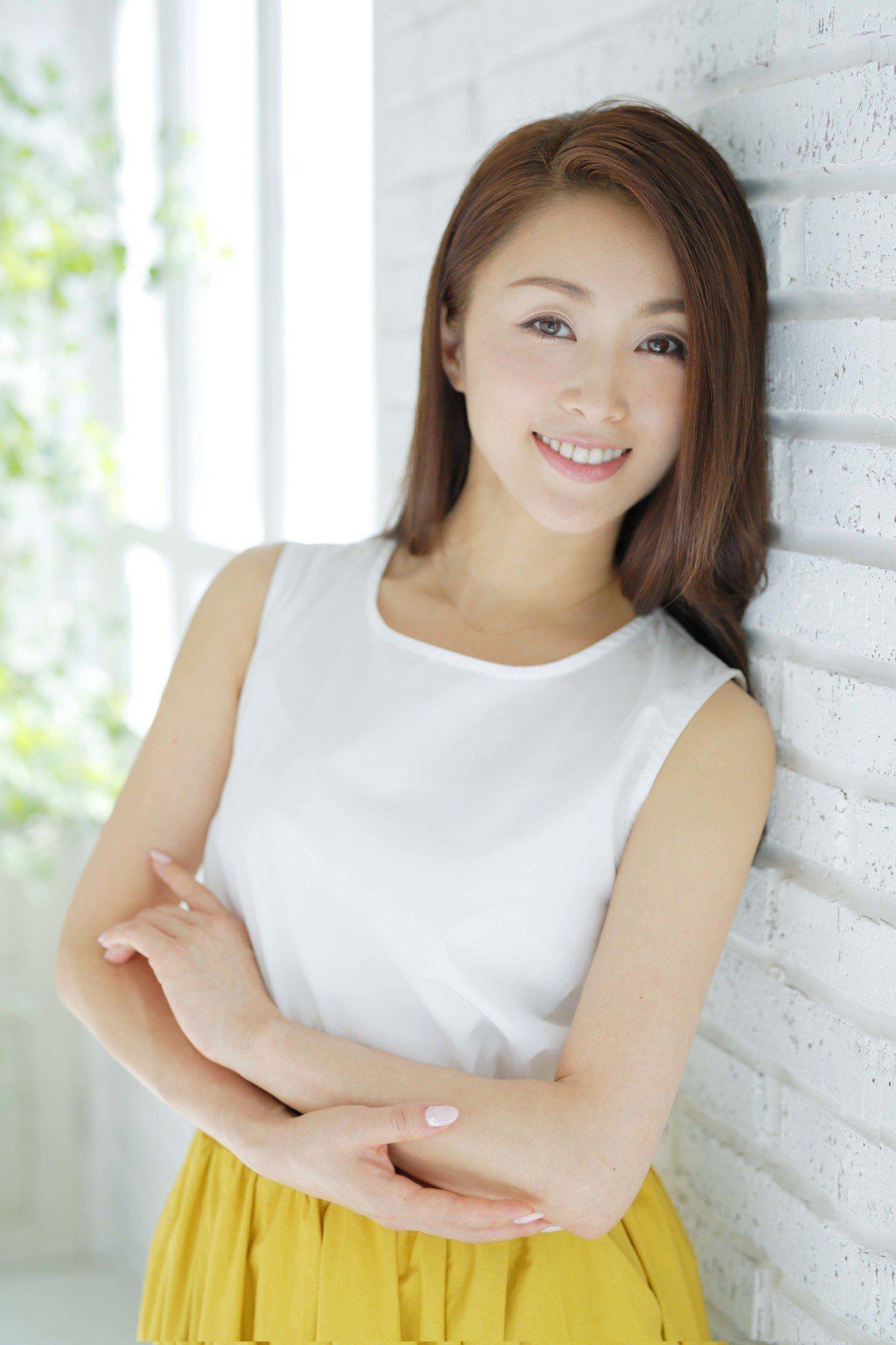 「擋泥板女神」旋風來台,酒井法子Noriko Sakai首站台北福華Dinner...