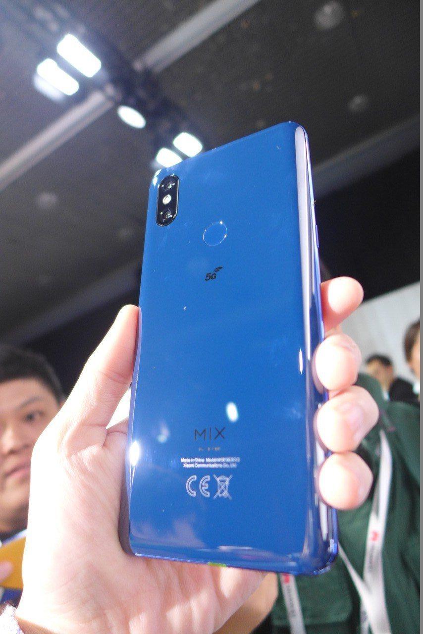 小米5G手機,也就是Mi MIX3的5G版本。記者鐘惠玲/攝影