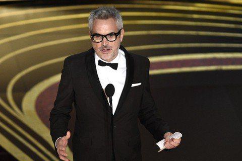 第91屆奧斯卡金像獎再度上演最佳影片、導演分家的現象,墨西哥名導艾方索柯朗的力作「羅馬」雖然獲得10項最多提名,仍然無法克服非英語發音的限制,只拿到最佳外語片與導演等3項獎,最佳影片仍然給了已先獲美...