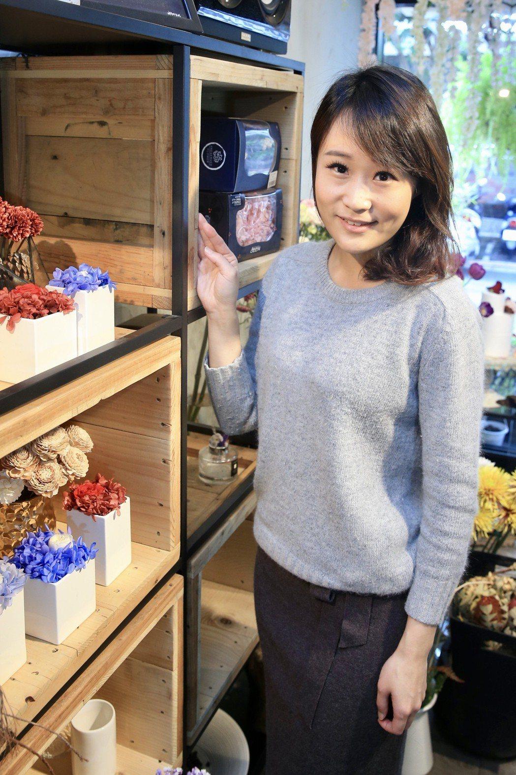 三立主播李宛儒轉換跑道開甜點店。記者林伯東/攝影