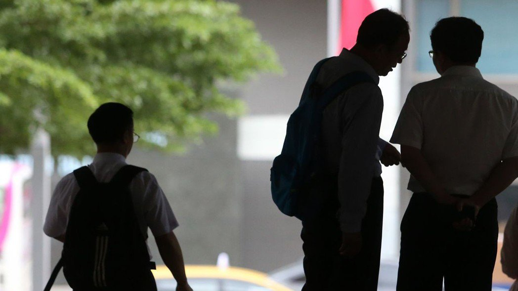 勞工若面臨無薪假,務必了解相關規定,以確保權益。本報資料照片/記者胡經周攝影