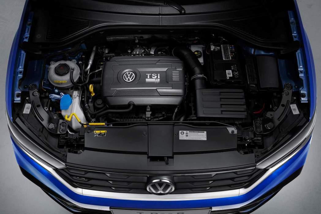 與Golf R同一具2.0升TSI引擎,擁有300hp/40.8kgm的強勁動力...