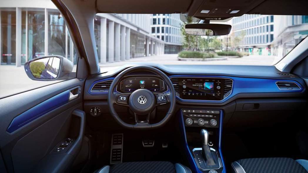 內裝鋪陳與一般版本並無太大差異,僅在裝飾上做些微調整。 摘自Volkswagen