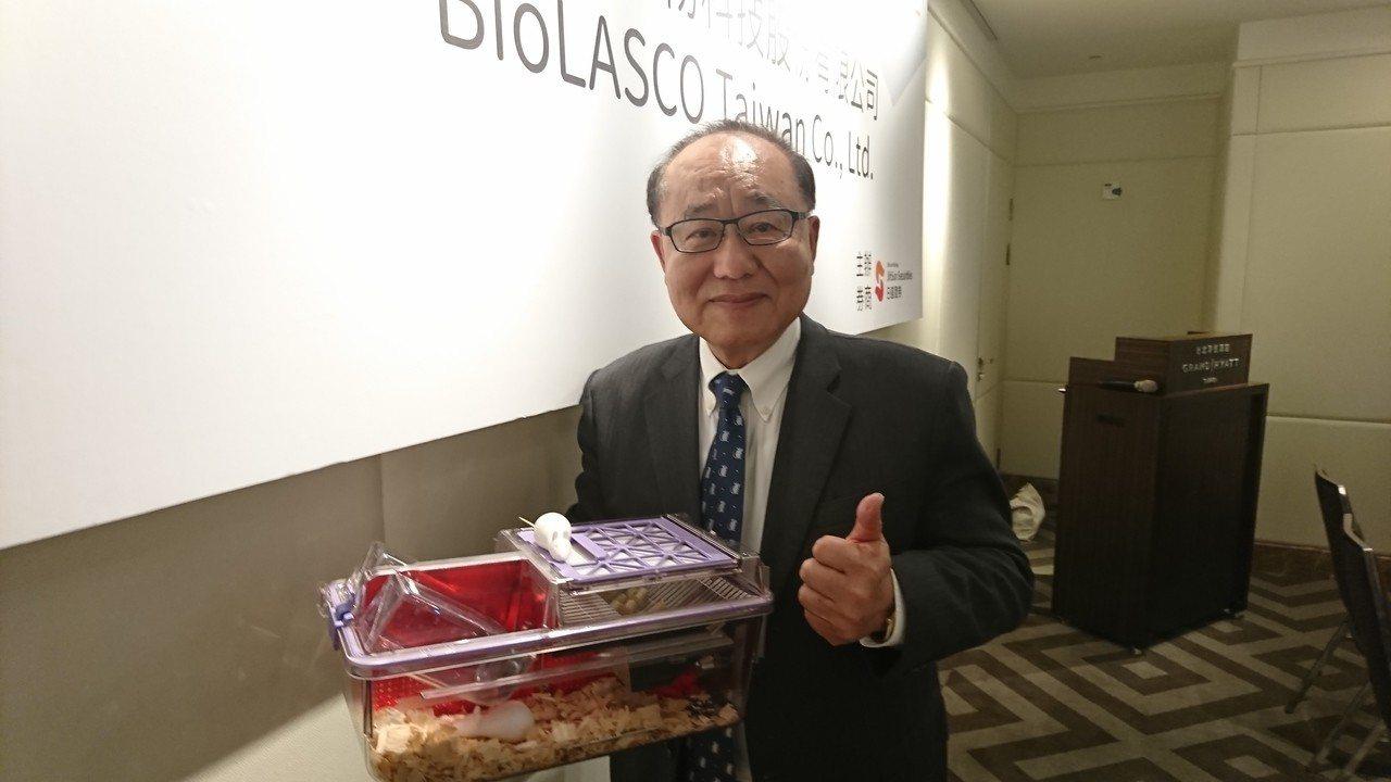 樂斯科董事長看好實驗用老鼠產業前景。 記者黃淑惠/攝影